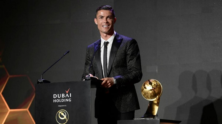 Cristiano Ronaldo thích mọi người gọi tên mình